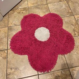 Beautiful red flower mat